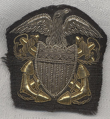 wwi us navy officer hat badge in bullion with a right