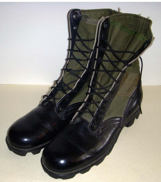 Scarce Vietnam War US Military M1966 Jungle Boots in Small Size  Flying  Tiger Antiques Online Store bf47d5f22