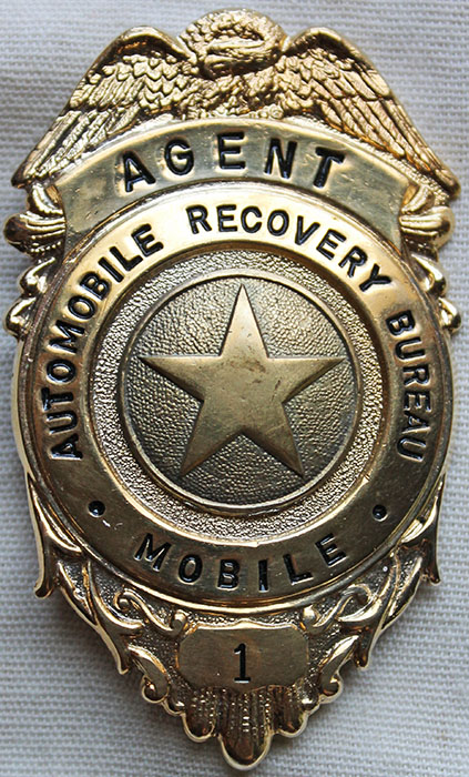 cool vintage 1970 s automobile recovery bureau mobile agent badge